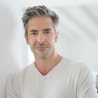 Gray Hair May Predict Heart Disease